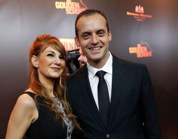 Scheidsrechter Alexandre Boucaut met partner.