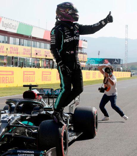 Septième pole position de la saison pour Lewis Hamilton