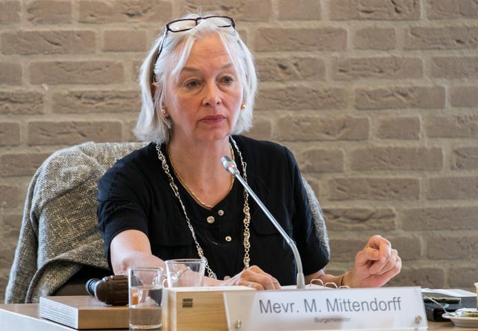 """Burgemeester Marriët  Mittendorff: ,,Dit is een heel vervelende kwestie. Maar ik denk ook dat onderhand sprake is van het ontbreken van een 'klik' tussen partijen."""""""