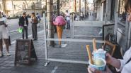 Een hoorntje met geduld: gigantisch lange rij om een ijsje te kopen