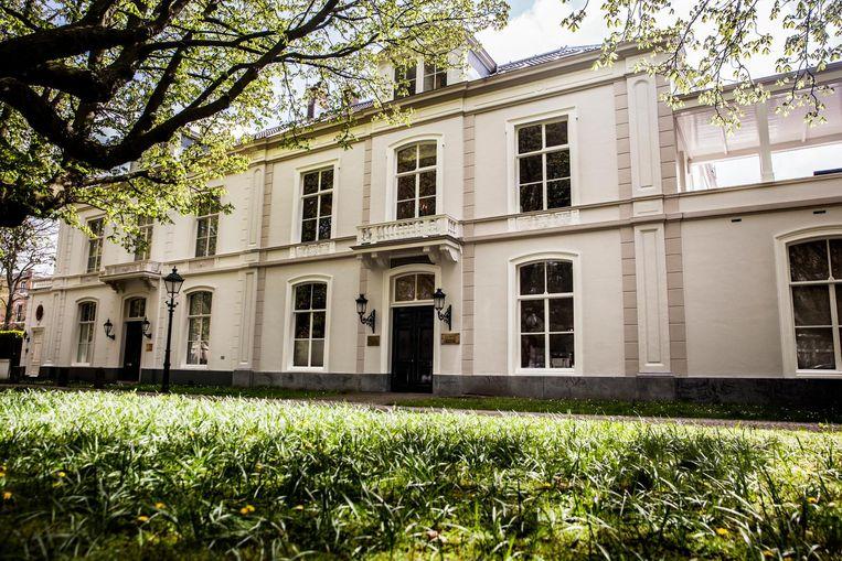 Het huis van Couperus' opa, Sophialaan 9 - de mooiste laan van de stad Beeld Aurélie Geurts