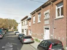 Une jeune femme poignarde une dame faisant la file devant le Resto du Cœur de Liège