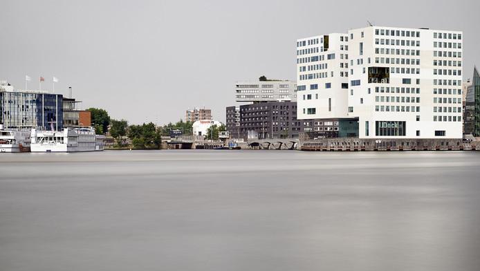 Het aidsmonument komt aan het IJ te staan in Amsterdam