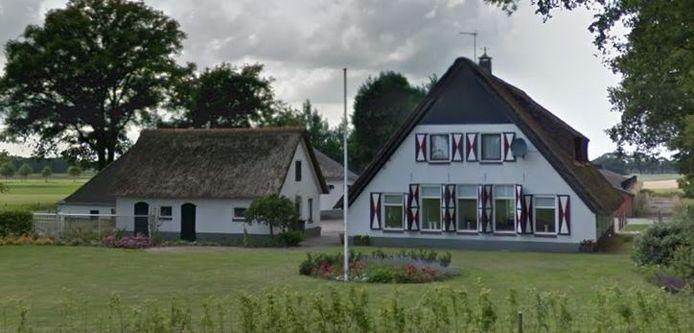 De boerderij aan de Verlengde Broekdijk in Kloosterhaar die is aangekocht door de stichting Streekmuseum Kloosterhaar - Balderhaar.