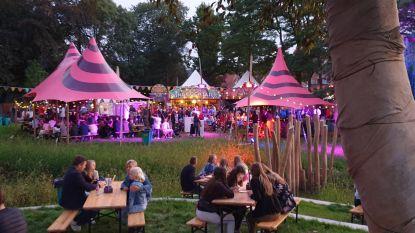 Samen smullen onder zachte najaarszon: foodtruckfestival HAP is schot in de roos