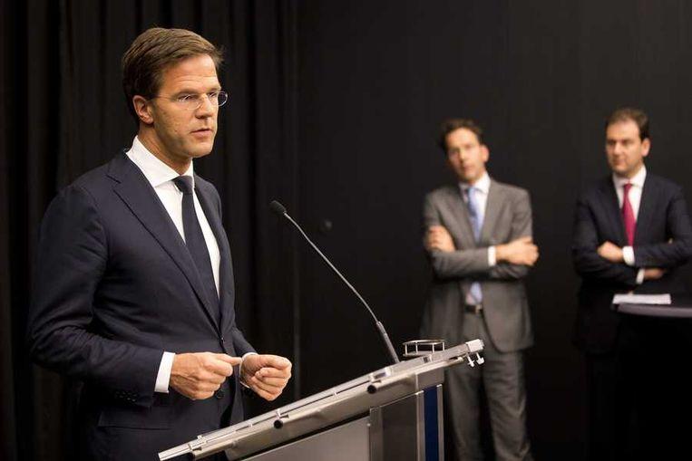 Premier Rutte presenteert het begrotingsakkoord. Beeld anp