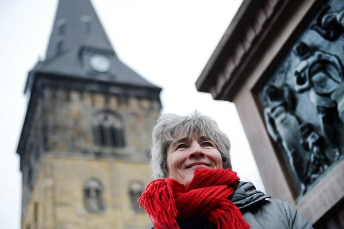 Stadsdichter Margót Veldhuizen