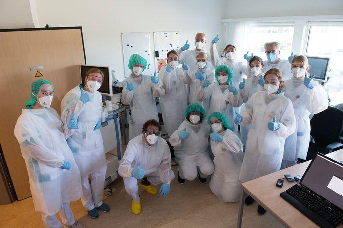 Groepsfoto van zorgpersoneel in Ziekenhuis Rivierenland Tiel