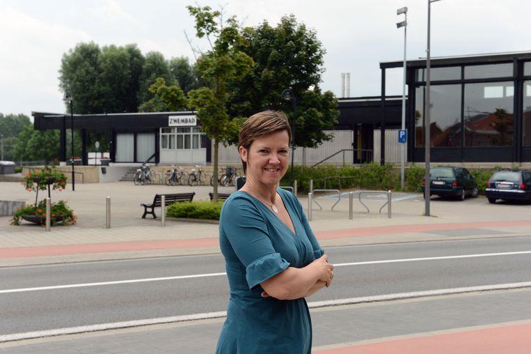 Els Van Hoof (CD&V) wordt schepen voor CD&V en wil nog niet vooruitlopen op een eventuele herverkiezing in het federale parlement.