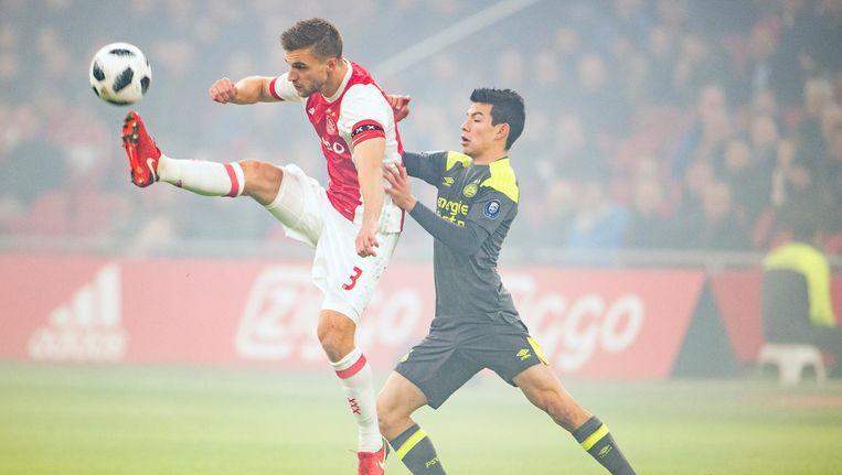 Ajax Geeft Titelstrijd Weer Wat Lucht Na 3 0 Zege Op Psv De Volkskrant