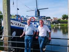Rondvaart Heusden: trossen bij Wiljo en Zeearend gaan weer los