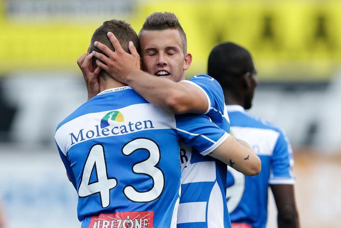 Jesper Drost (midden) keert terug bij PEC, en hoeft aan de meeste spelers die hem de voorbije jaren voorgingen met een rentree in Zwolle geen voorbeeld te nemen.