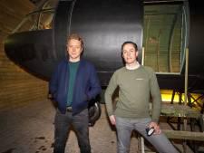 Vliegtuig uit de duurste Nederlandse filmscène ooit staat voortaan in Best: 'We moesten hem zelf uit de modder trekken'