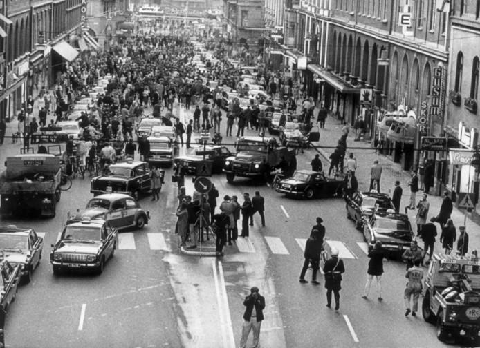 De dag waarop Zweden van links naar rechts ging. Stockholm vijf uur op 3 september 1967