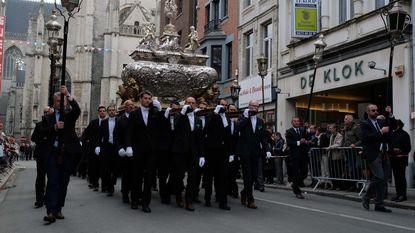 Sint-Gummarusprocessie (week later door verkiezingen) trekt weer door de straten