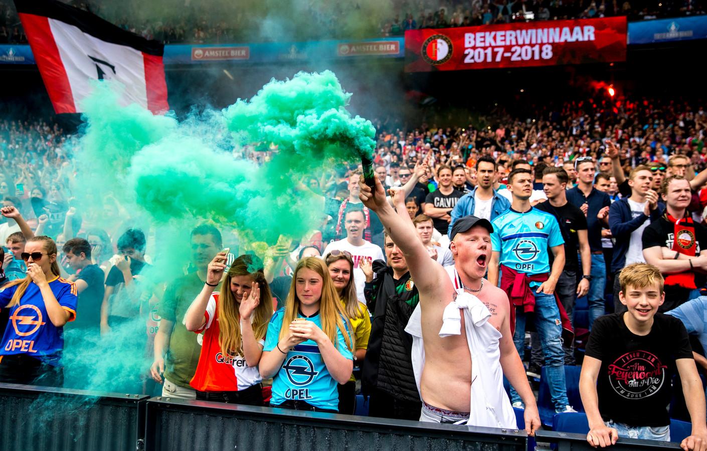 Supporters van Feyenoord na het winnen van de KNVB beker in 2018.