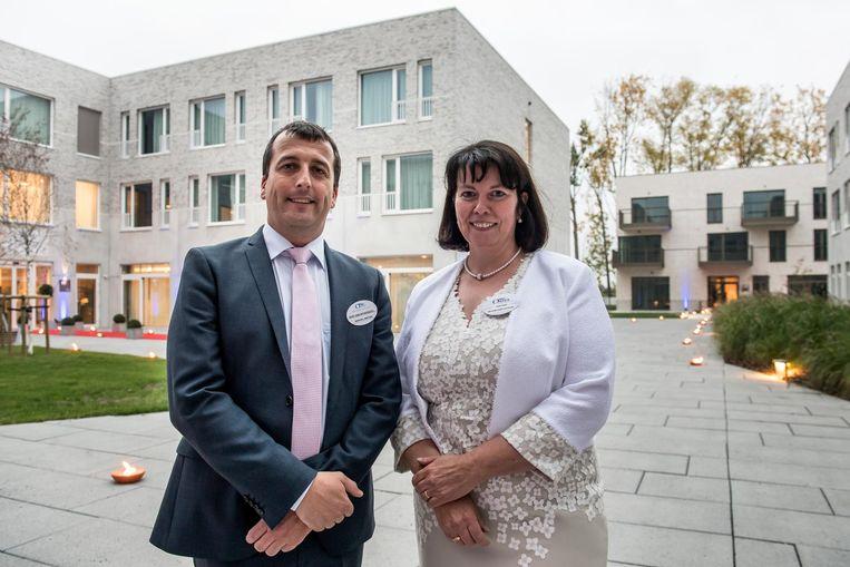 Regionaal directeur Bart van Nyverseel en directeur Kathleen Moyaert.