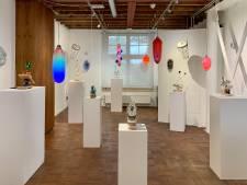 Uitvinder laat glas 'grommen en kakelen' in nieuwe expositie van het Glasmuseum