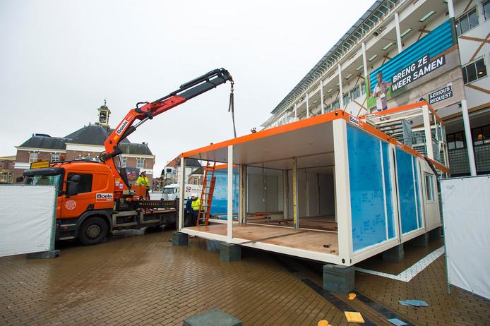 Het Glazen Huis voor Serious Request staat op z'n plaats. © Maarten Sprangh