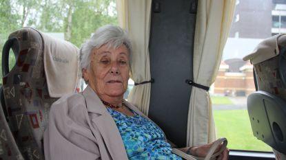 Senioren beleven Fiertel vanop de bus