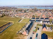 Hele dorp Deest wordt één grote oude-spullenmarkt