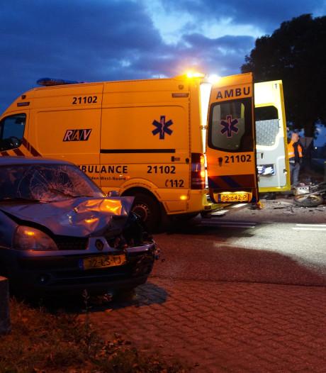 Motorrijder gewond na aanrijding met auto in Herpt