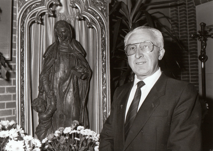 Pastoor van de Kemenade, 1987 (Bladel).