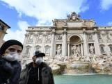 Italianen dragen hun mondkapjes in stijl (en dat mag wat kosten)