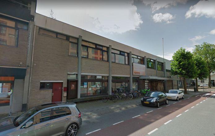 Het leegstaande postkantoor in Wageningen, dat nu toch geen poppodium lijkt te worden.