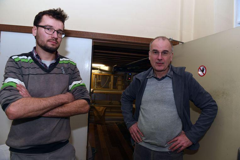 Vader Luc en zoon Simon Weckhuysen, beheren de Vanden Bemptmolen in Sint-Joris-Weert