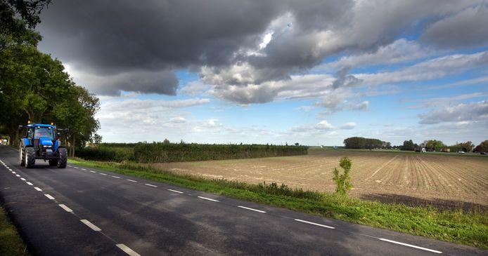 Door oude schuren en stallen te slopen wordt het boerenlandschap aantrekkelijker, is de gedachte.