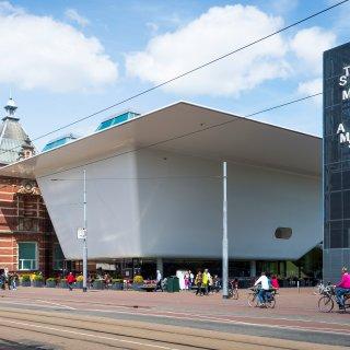 stedelijk-museum-amsterdam-spreekt-zich-uit-tegen-zwarte-piet