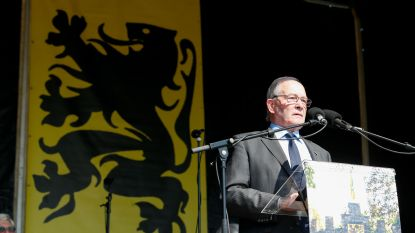 """Voorzitter van de IJzerwake opvallend mild voor N-VA, streng voor Europa: """"Europa dreigt ten onder te gaan aan de massale migratie"""""""