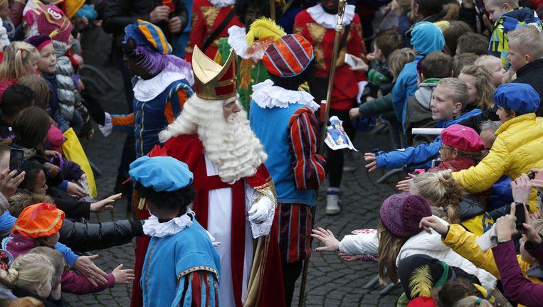 De intocht van Sinterklaas Beeld anp