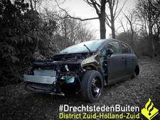 Gestolen auto zonder motorkap teruggevonden in Zwijndrecht