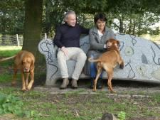 'We willen een familiegraf in onze achtertuin met een simpel houten kruis'