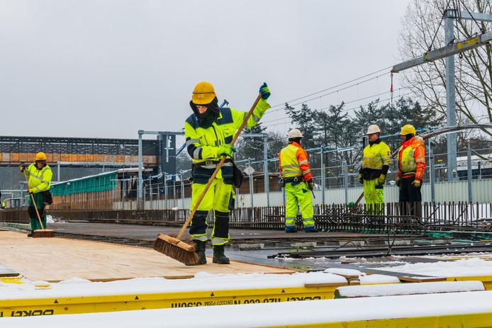 Winterweer zorgt voor oponthoud maar niet voor vertraging bij planning Station Driebergen Zeist.