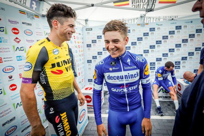 Wout Van Aert (à gauche) et Remco Evenepoel (à droite).