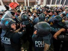 Rellen rond paleis waar lichaam Maradona opgebaard ligt