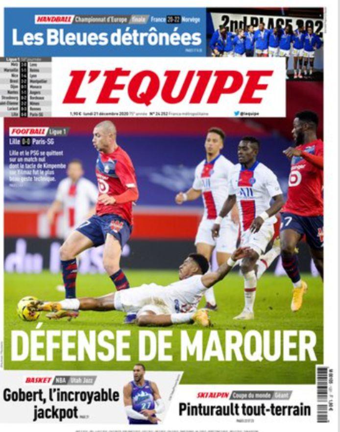 De front van L'Equipe, met de tackle van Kimpembe.