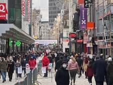 La rue Neuve déjà bondée, l'accès via la place de la Monnaie fermé