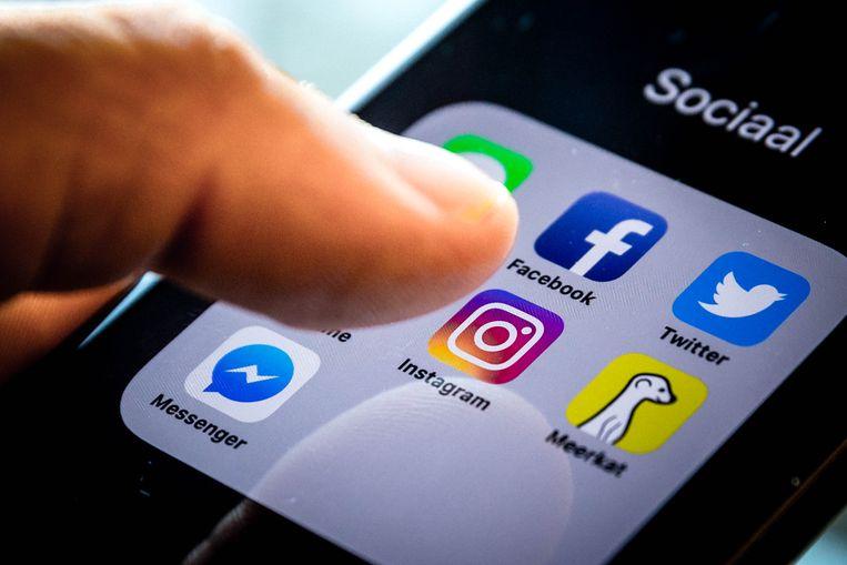 Steeds meer Nederlanders haken af op Facebook omdat ze het platform niet meer vertrouwen. Dit blijkt uit de Newcom VertrouwensMonitor 2018.