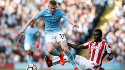 Twee assists, twee pre-assists en een staande ovatie: Kevin De Bruyne en Man City rollen Stoke op