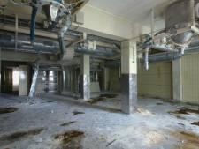 Jonge Deventer fotograaf heeft oude Senzora-fabriek helemaal voor zich alleen