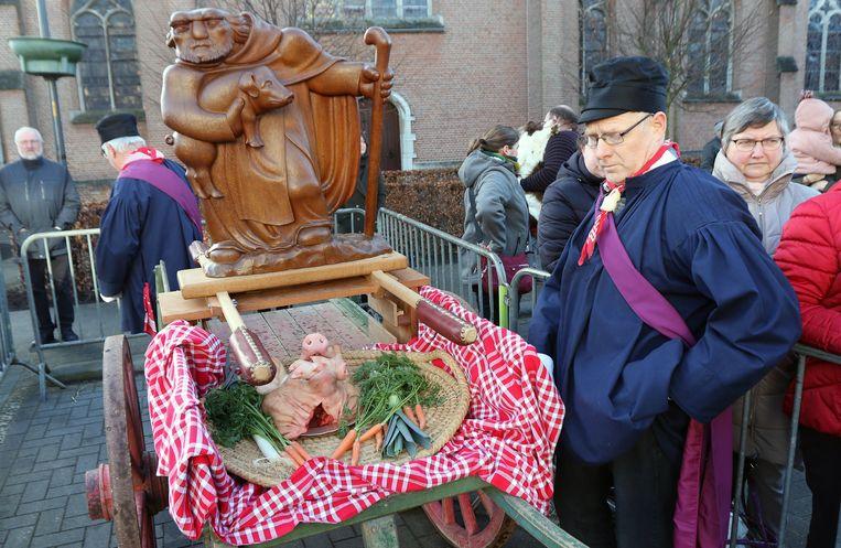 De varkenskoppenverkoop is een traditie die nog in ere wordt gehouden.