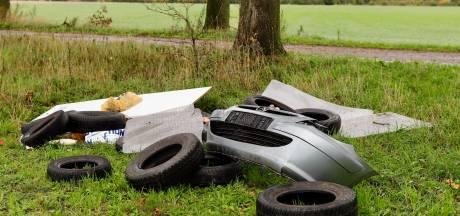 Auto-onderdelen en adressen gedumpt in Beers