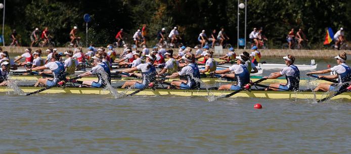 De Amerikaanse vrouwen acht tijdens de finale.