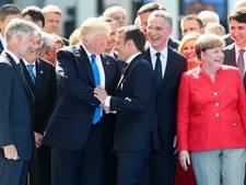President Macron zet Trump op zijn plaats