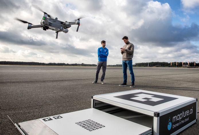 Op Vliegkamp Valkenburg zit tegenwoordig Unmanned Valley, een verzameling bedrijven en onderzoeksinstellingen die zich allemaal met drones bezighouden.