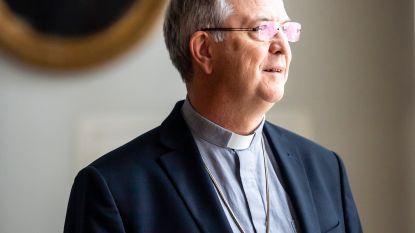 """""""Buis op godsdienst? Niet erg. Ik ben er zelfs bisschop mee geworden"""""""